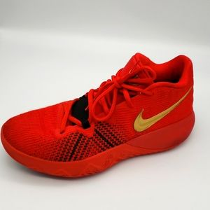 Nike Kyrie Flytrap Size 7 in Red/Gold